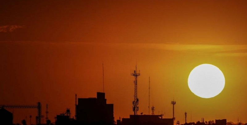 Onda de calor provocará temperaturas de 45 grados en BC y Sonora