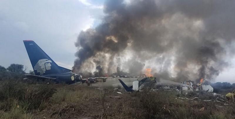 Encuentran cajas negras del avión de Aeroméxico siniestrado en Durango