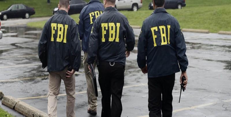 Director del FBI dice que EEUU está bajo constante ataque de sus adversarios