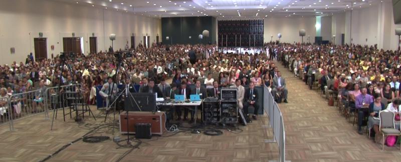 Se realiza asamblea regional de Testigos de Jehová