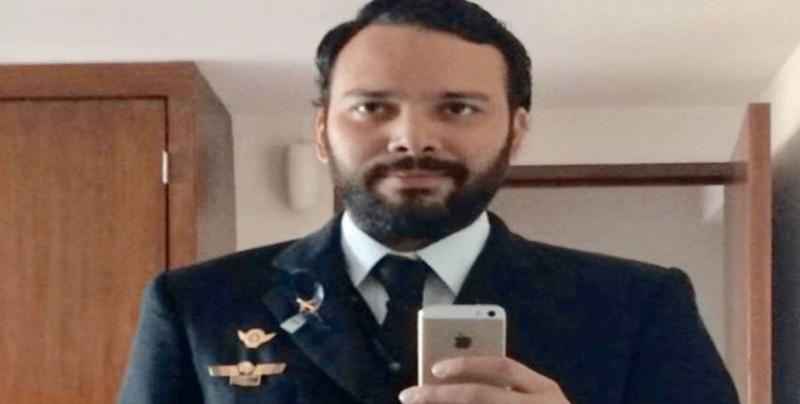 Trasladan a CDMX a piloto de avión accidentado en Durango