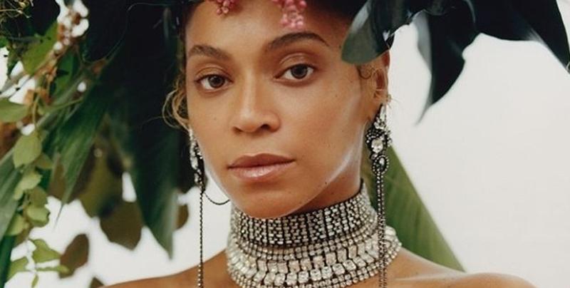 Beyoncé revela su doble portada histórica de Vogue