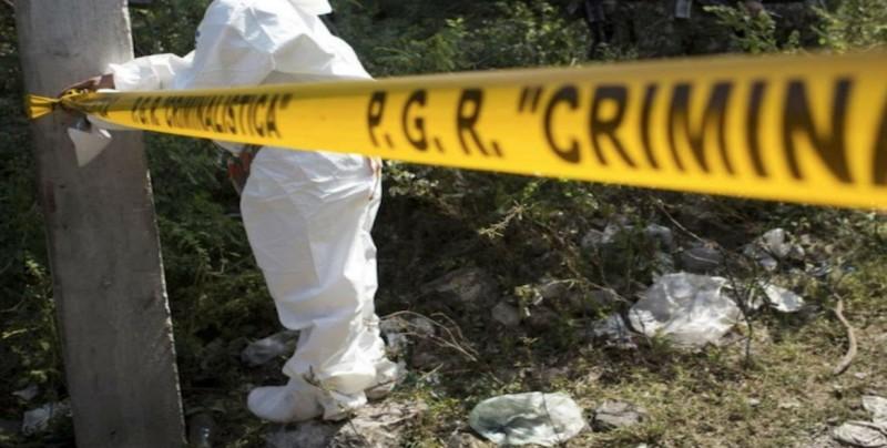 Localizan 11 cuerpos en fosa clandestina de Guadalajara