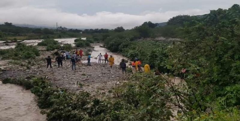 "Suman tres muertos en Guerrero por la tormenta tropical ""Ileana"""