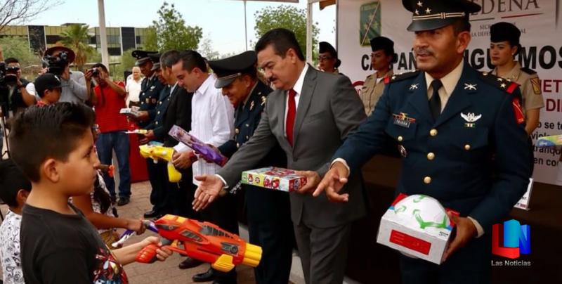 En Sonora cambian juguetes bélicos por didácticos