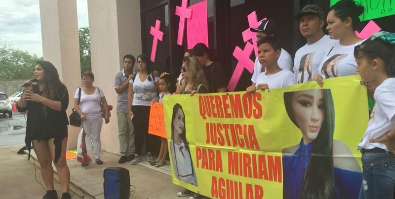 Activistas y familiares de mujeres asesinadas exigen aclarar sucesos violentos