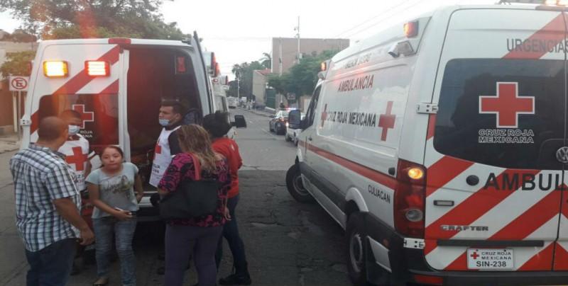 Choque entre camión y camioneta en la Guadalupe; deja lesionados