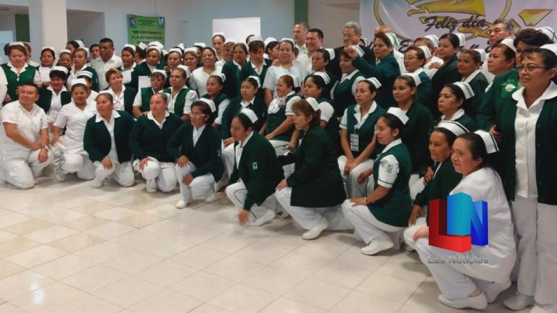 Incorpora IMSS Sonora 47 enfermeros