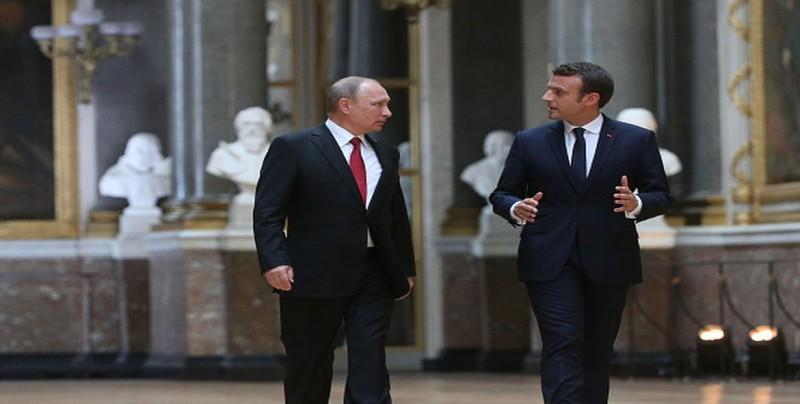Macron media ante Putin sobre la situación del cineasta Oleg Sentsov