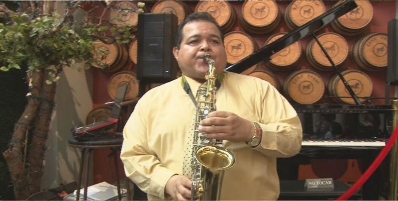 Rafael y su pasión: el saxofón