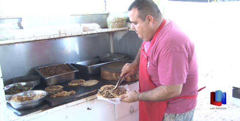 En Cajeme, los tacos de asada, un platillo tradicional