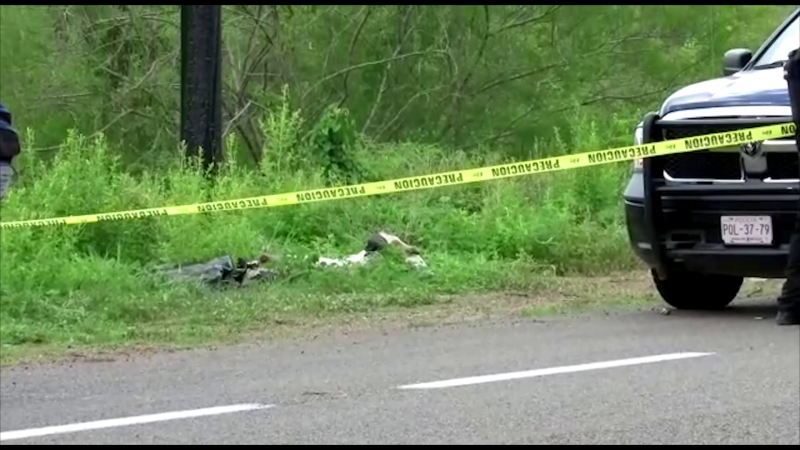 Encuentran dos cuerpos sin vida por la  Mazatlán-Durango