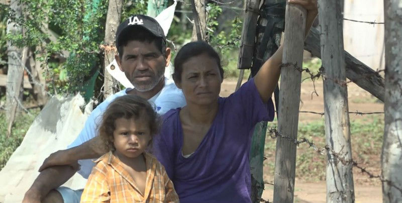 Sigue ayuda a familias de desplazados