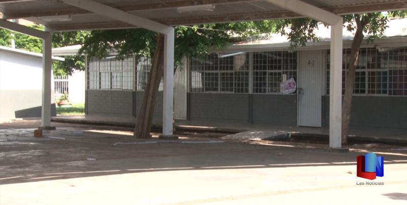 En Cajeme, Escuadrón Vial limpia escuelas previo al regreso a clases