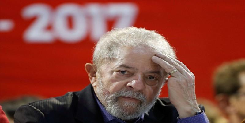 Lula enfrenta desde la cárcel otra batalla judicial, ahora por su candidatura
