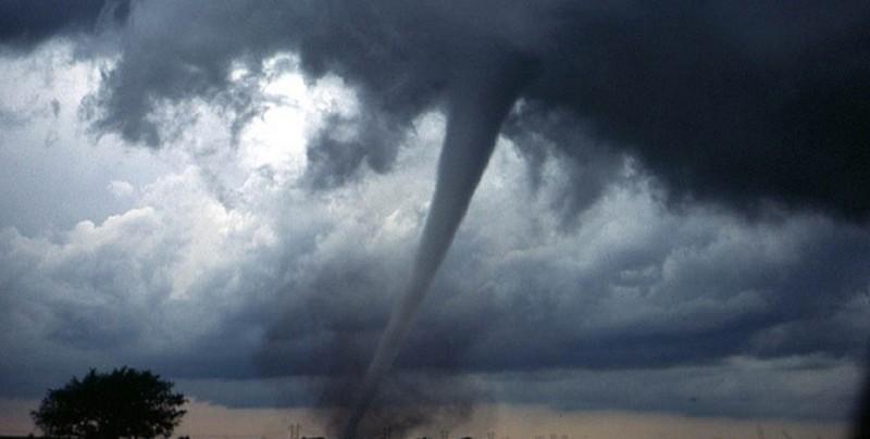 #Video: Impresionante tornado formado en Cananea