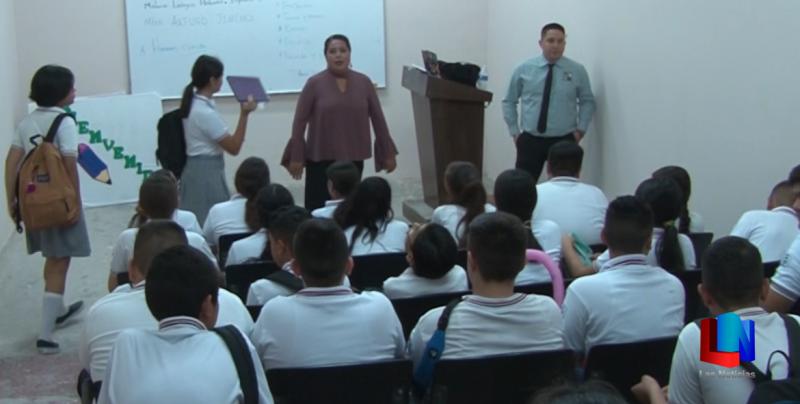 Recibe Secundaria Campoy a 320 estudiantes