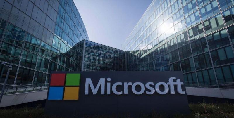 El Kremlin critica a Microsoft por relacionarle con piratas informáticos
