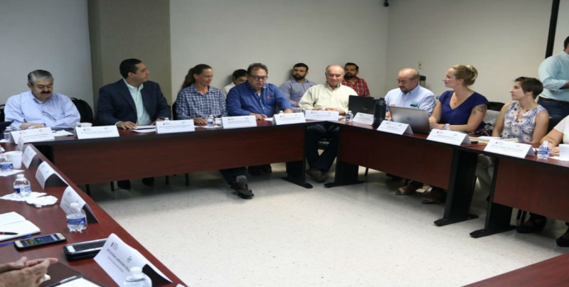 Personal de USDA supervisa avances en materia de sanidad animal en Sinaloa