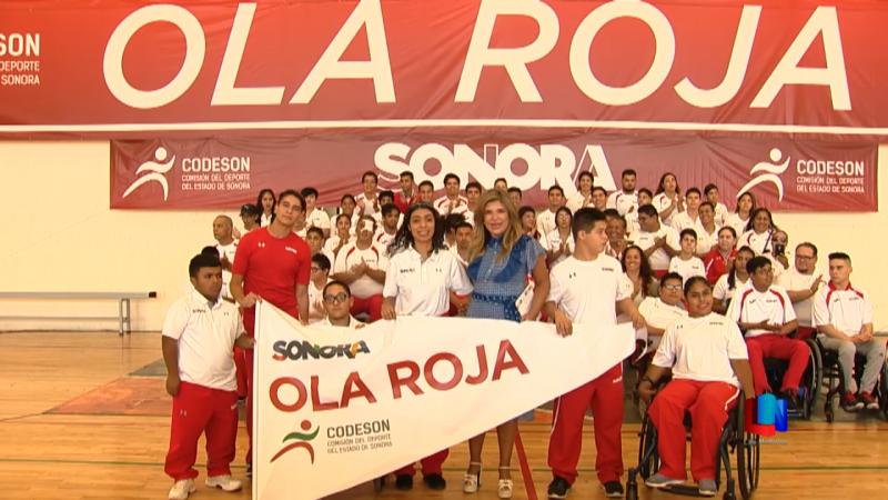 Abanderaron a la Ola Roja sonorense que va competencias en Colima