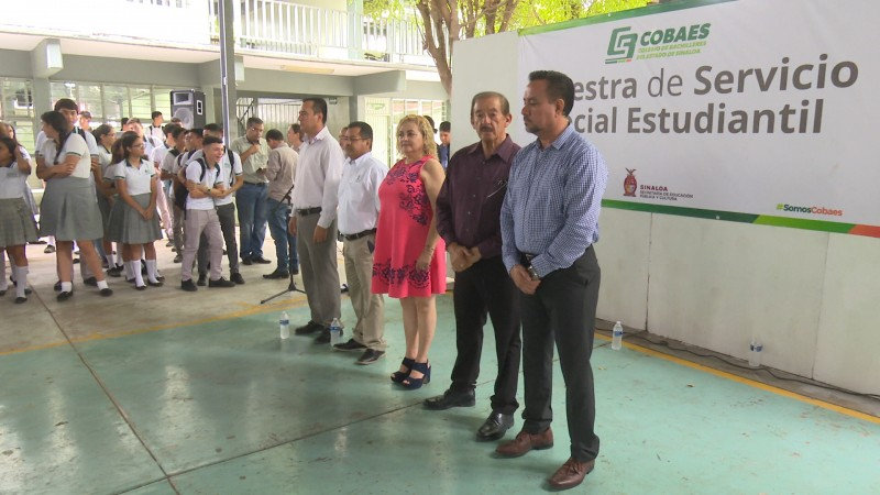 COBAES realiza muestra estudiantil de servicio social