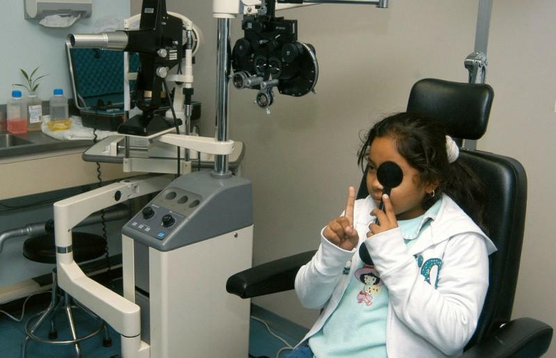 Recomienda IMSS a realizar examen de la vista al inicio del ciclo escolar