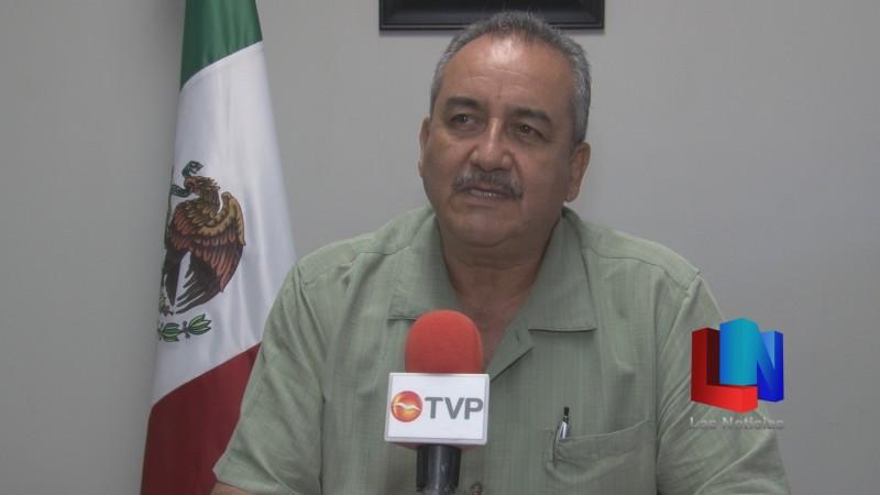 Resuelve SEC situación, envían a maestro a disposición escolar en Hermosillo