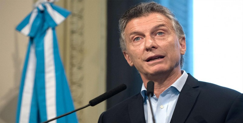 Macri apuesta por reestructuración y nuevas metas económicas ante la crisis