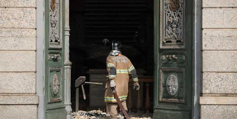 Un incendio arrasa el Museo Nacional de Río, el más antiguo de Brasil