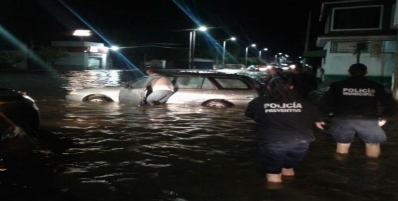 Lluvia deja inundaciones en diferentes puntos de Durango