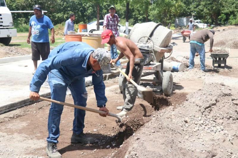 Llevan obras sociales a Escuinapa, Rosario y Concordia