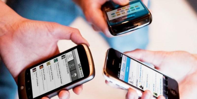 Redes sociales pueden confundir información sobre sexualidad