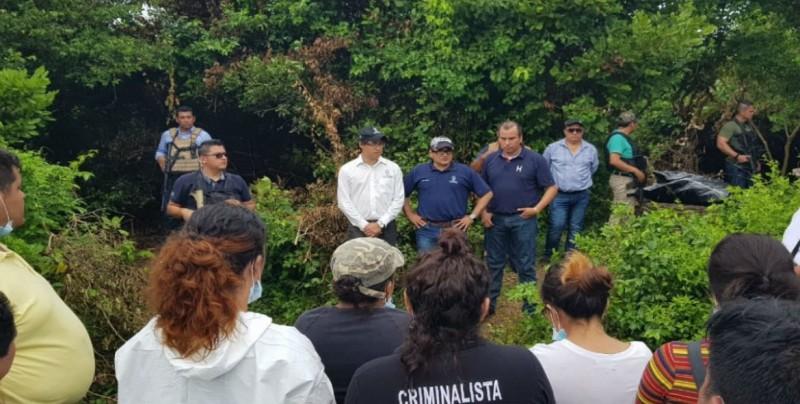 Encuentran 166 cuerpos en fosas clandestinas de Veracruz