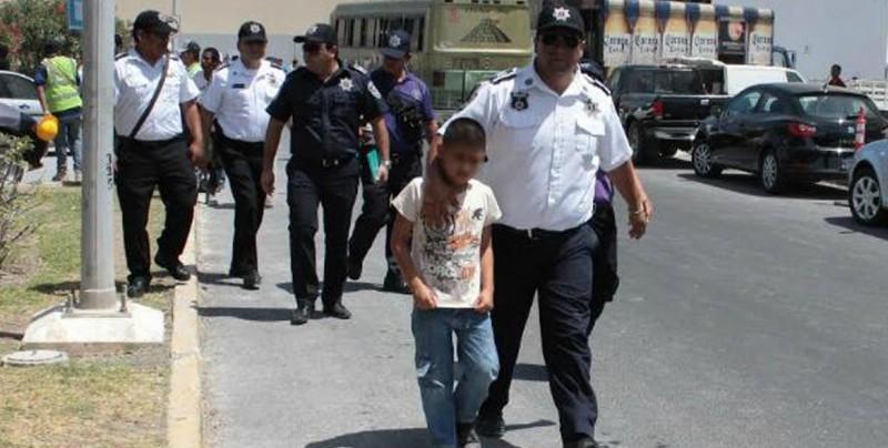 Un niño de 11 años es detenido tras ser confundido con un ladrón