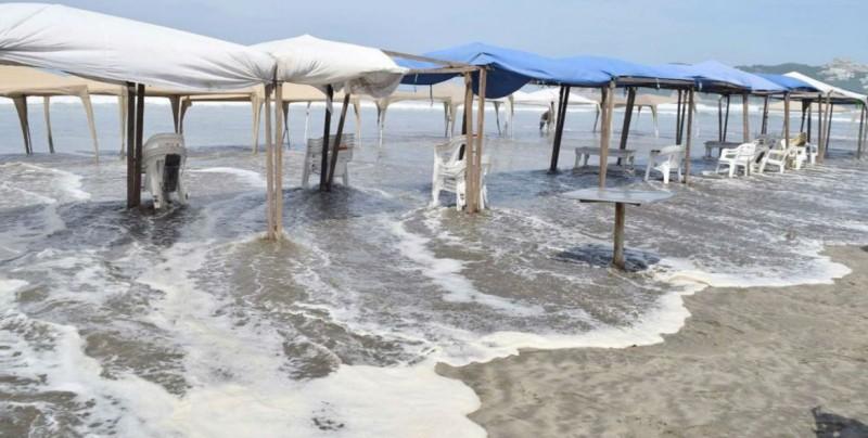 Mar de fondo afecta a cientos de pescadores en Guerrero