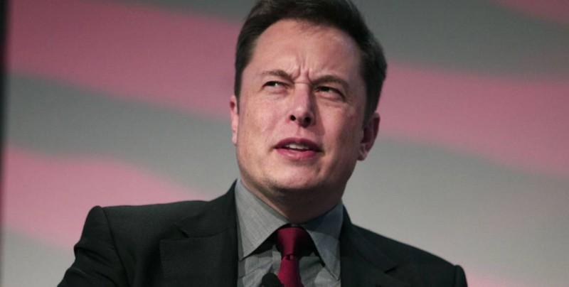 Ofrecen dinero y marihuana a Elon Musk  para que actúe en película porno