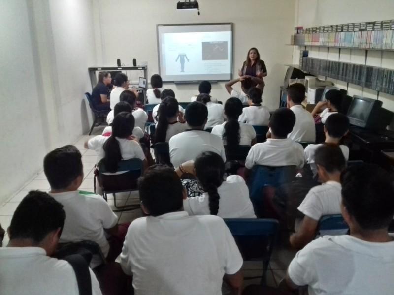 Enseña JUMAPAM a estudiantes de Secundaria diversos métodos para cuidar el agua