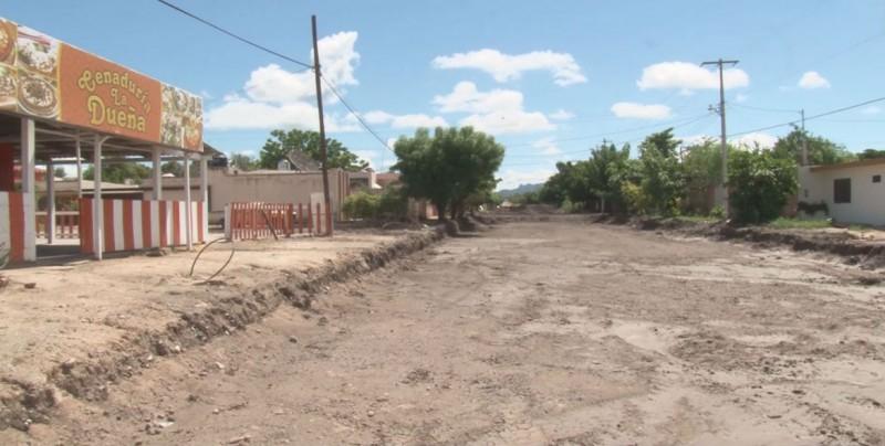 Falta de recursos provoca que no se concluyan pavimentaciones en Guamúchil