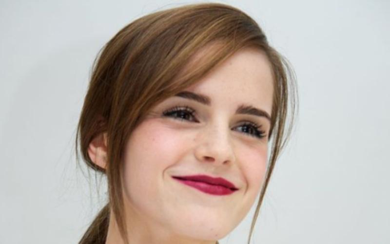 Emma Watson sorprende al disfrazarse de la Mujer Maravilla
