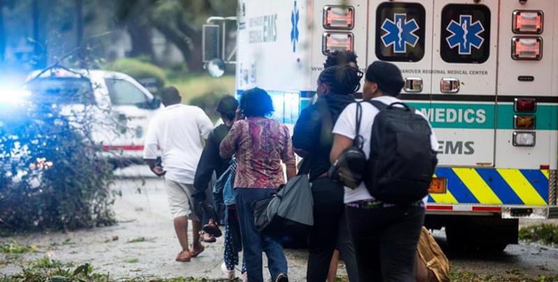 Florence deja tres muertos en Carolina del Norte