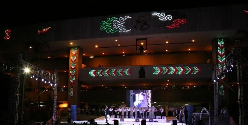 A lo grande las Fiestas Patrias en Culiacán