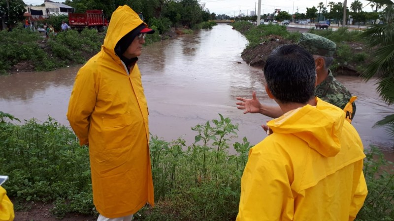 90 milímetros de lluvia inunda Los Mochis