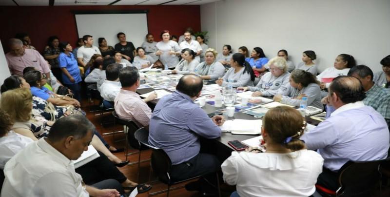 Rastreadoras firman acuerdos con Gobierno del Estado