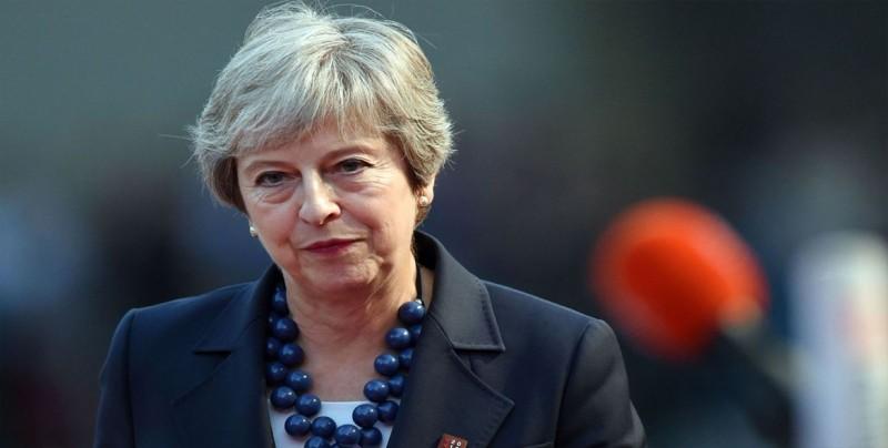 """May presentará una nueva propuesta de la frontera irlandesa """"en poco tiempo"""""""