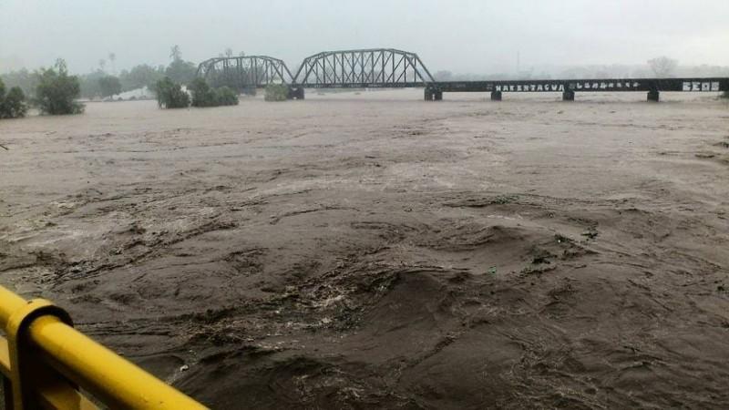 Impresionantes videos en la red de las lluvias en Culiacán