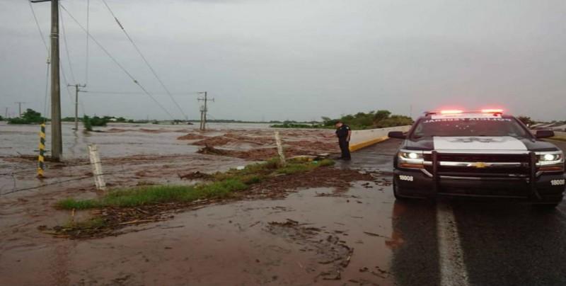 Lluvias seguirán en México por aproximación de sistema frontal