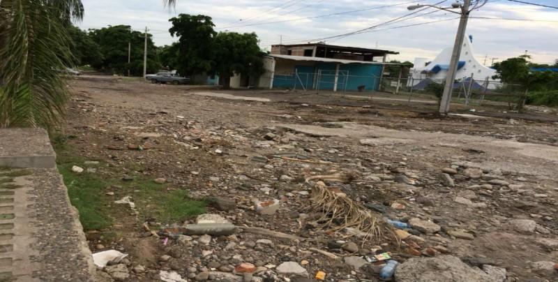 De mal en peor la calle Fray Andrés Tello