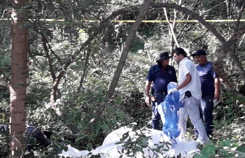 Encuentran  cuerpo a un costado del Tamazula