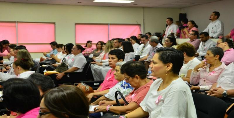 Inicia Octubre mes de la lucha contra el cáncer de mama
