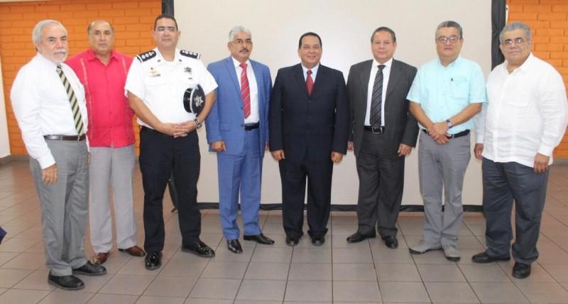 Instituto Estatal de Ciencias Penales y Seguridad Pública celebra 30 años de su fundación